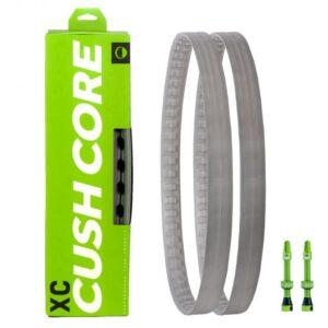 CushCore XC Set 650B. 2 x CushCore XC Inserts 650B, 2 x CushCore Tubeless Spezialventile.